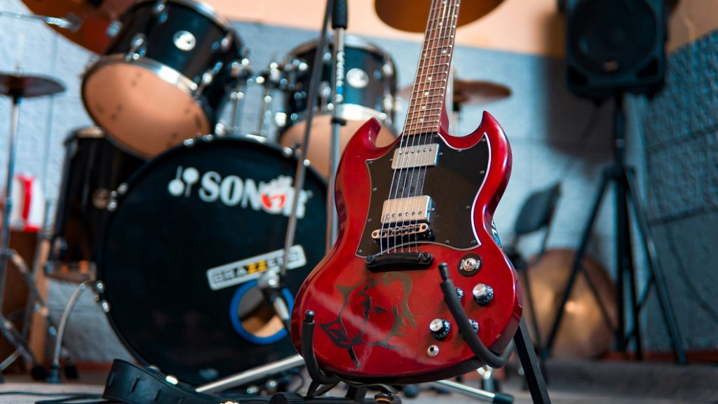 musical instrument shipping cost and tips